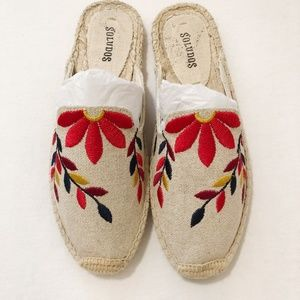 Soludos Embroidered Floral Mule Size 6
